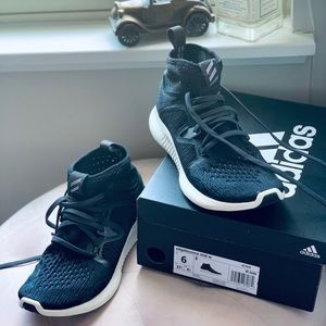 Adidas Edge bounce sneakers